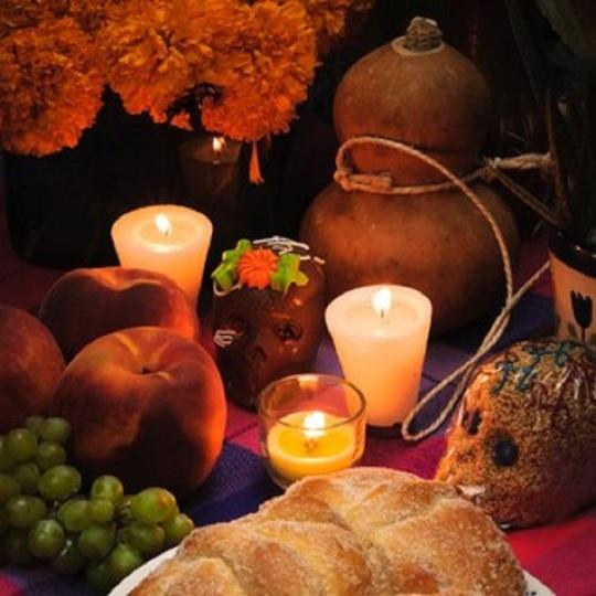 samhain_altar-e1413813945680